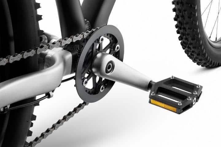 Woom off cranks en pedalen