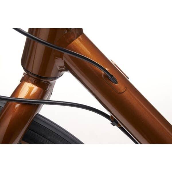 Kona Dew Plus kabel in frame De Kleine Spaak